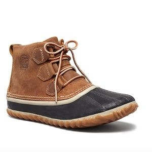 SOREL | Out N About Lace Up Waterproof Duck Bootie